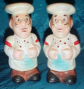 Chalkware chef salt and pepper shakers