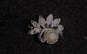 Vintage Avon pearl