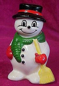 Ceramic snowman salt and pepper shakers