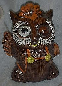 Caliifornia Originals winking owl cookie jar