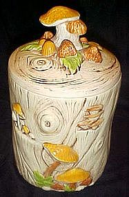 Treasure Craft  tree stump and mushrooms cookie jar