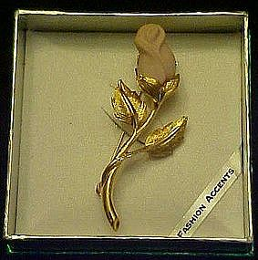 Rosebud pin, boxed