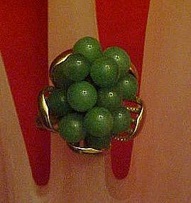 Vintage costume adjustable cluster ring of jade beads,