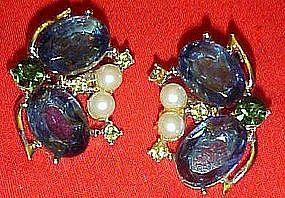 Vintage sapphire blue rhinestone clip earrings