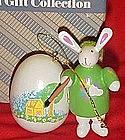 Avon Love a Bunny Easter ornament, Artist Bunny