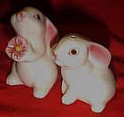 Avon white bunny shakers with pink flower, Brazil