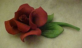 Napoleon Capodimonte stemmed red rose sculpture