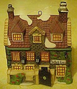 Dept  56 Dickens Dedlock Arms,cottage ornament
