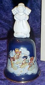 Avon Heavenly Notes 1991 porcelain Christmas bell