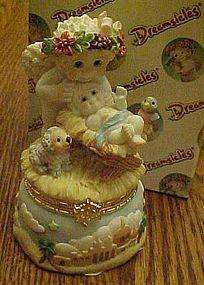 Dreamsicles Cherub in a Manger hinged box, retired