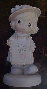 Precious Moments, Follow your Heart figurine 528080