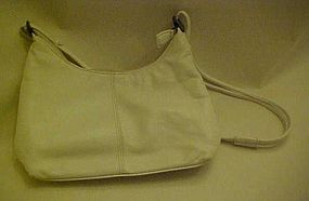 Vintage Coletta supple white leather purse