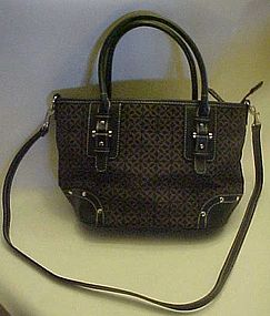 Nice shoulder bag purse by Relic