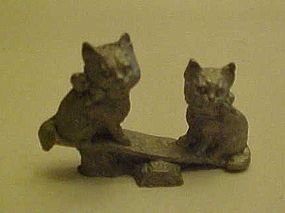 Spoontiques  mini pewter kittys on teeter totter