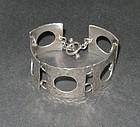 Vintage Modernist Sterling Hammered Bracelet