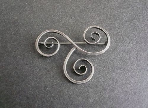 Vintage Frances Holmes Boothby Sterling Silver Swirl Brooch