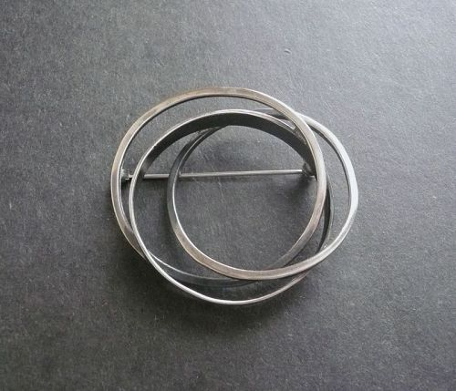 Bill Tendler Sterling Modernist Intertwined Circles Brooch