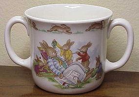 Royal Doulton Bunnykins rabbit scene hug a mug mug