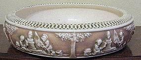 """Roseville 'Donatello' 10"""" low bowl #60-12"""