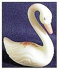 Fenton Roses on Custard : Swan #5160