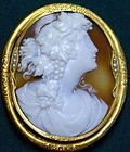Shell Cameo Brooch set in 15K gold with pearls, Ca 1870