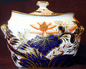 Spode Porcelain sucrier, Ca 1820