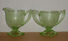 Green Horseshoe Creamer & Sugar