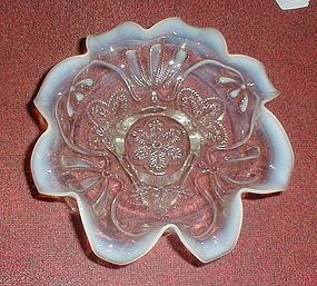 """White Opalescent """"Meander"""" 9"""" Bowl"""