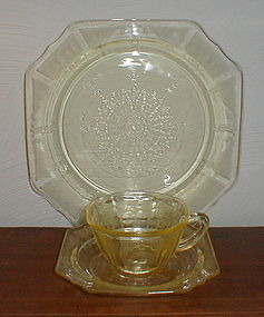 Topaz PRINCESS Plate, Cups & Saucers