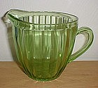Green Sunflower base Jeanette 32 oz. Pitcher