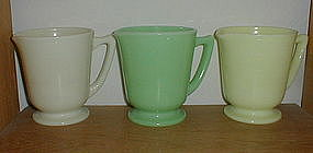 McKee 4 Cup Measuring Pitchers