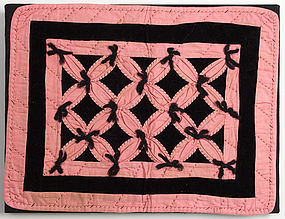 Robbing Peter to Pay Paul Doll Quilt: Circa 1920; Md.