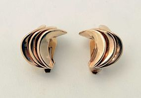 Modernist Gold Earrings: Circa 1950