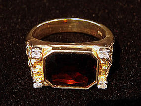 Vintage Ring Garnet with Diamonds 14K Gold