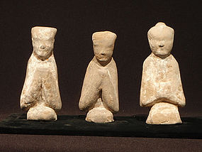 Chinese Han Dynasty 3 Small Terracotta Tomb Figures