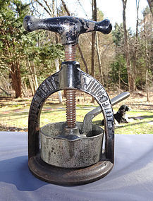 Scarce 19thC Iron Pharmacy Juice Press