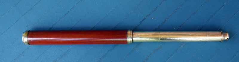 EARLY SEA CAPTAIN�s TELESCOPE