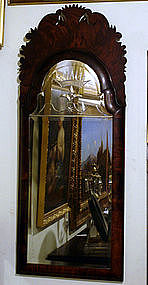 Queen Anne Walnut Mirror, early 18th C