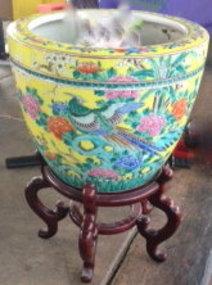 Chinese porcelain rare famille rose fish bowl
