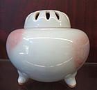 Porcelain Jun ware covered incenser tripot