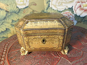 Chinese export gilt-lacquer tea caddy