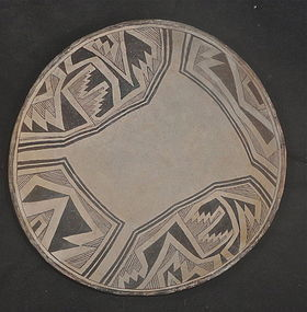 A LARGE CLASSIC PHASE MIMBRES BOWL