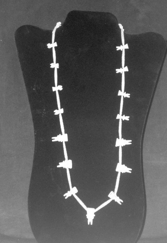 "A DELICATE MICHOACAN NECKLACE COMPRISED OF ""PRETTY LADIES"""