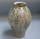 Superb Antique Japanese Kaburagi Kutani Vase