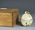 Shino-Oribe Bell Suzu-shaped Kogo Pottery Incese Container