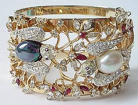 RARE Adolph Katz Corocraft Lovebirds Bangle Bracelet