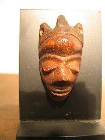 a pende ikhoko amulet
