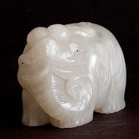 Chinese jade fine carving of elephant