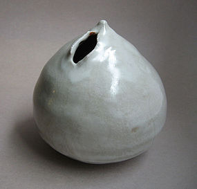 White Shino Flower Vase with Torn Opening, by Sachiko Furuya