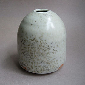 White Shino Flower Vase, by Sachiko Furuya